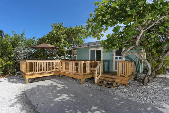 Rolling Waves Cottages: Your home away from home