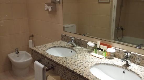 Hotel El Avenida Palace: Banheiro