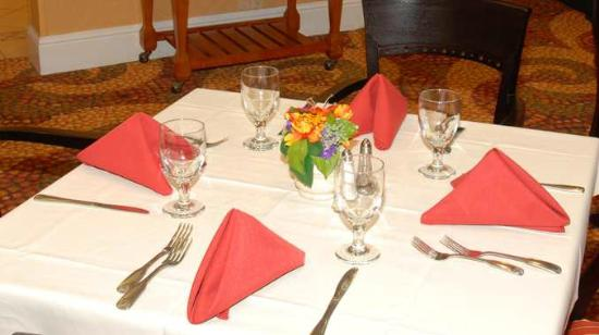 DoubleTree by Hilton Hotel Livermore: Table Setting at our On-Site Restaurant