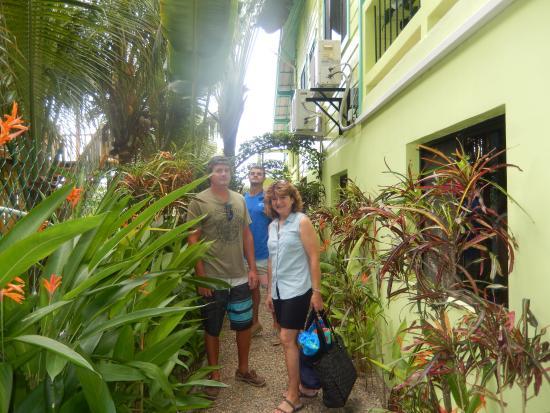 Casa Placencia Belize: Courtyard