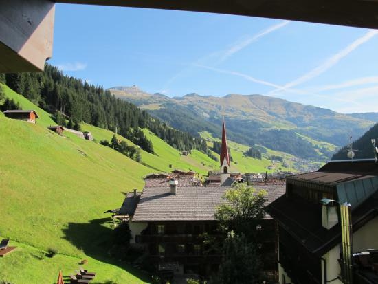 Aktiv- & Wellnesshotel Bergfried : Kamer uitzicht