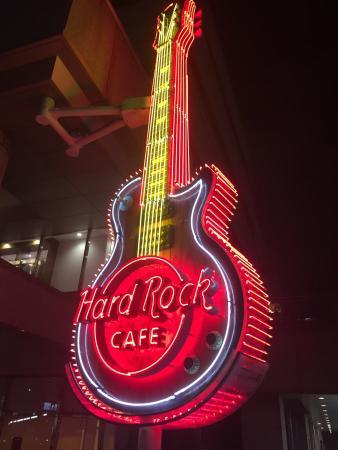 Hard Rock Cafe Yokohama - 横浜...