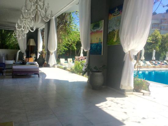 La Piscine Art Hotel: Relaxing