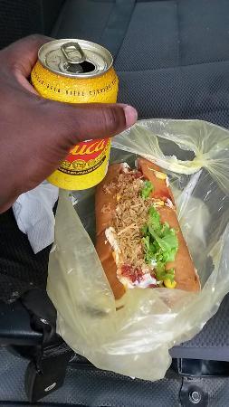 KFC : Cachorro quente acompanhado com uma cuca bem gelada