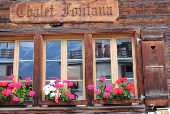 Chalet Fontana: First floor window boxes
