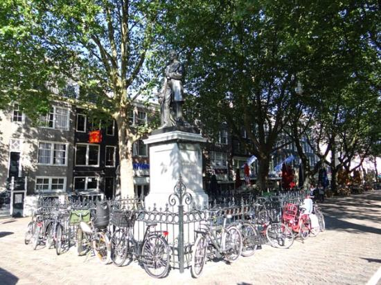 ‪Thorbeckeplein‬