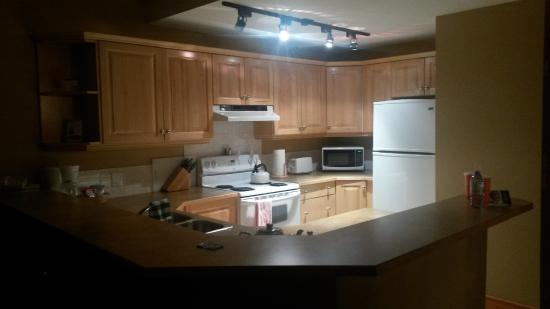 Fernie, Canadá: Fully equipped kitchen