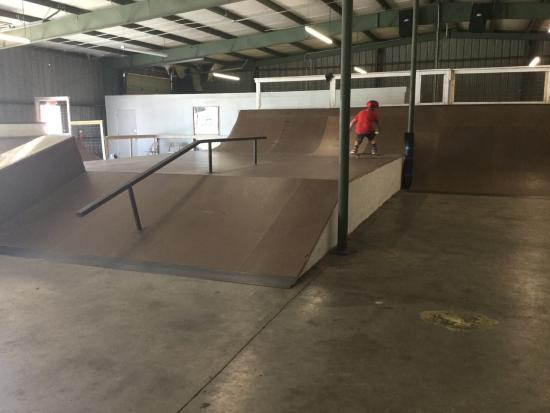 Levee Skate Place