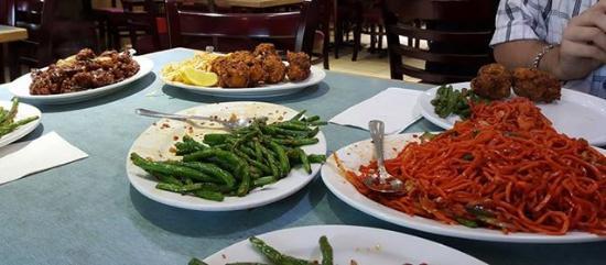 Lin Garden Restaurant: (L to R) Chili Chicken, Chicken Pakora, Green Beans, Manchurian Chicken Noodle