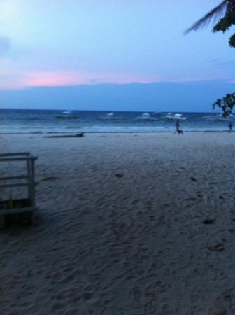 Alona Tropical Beach Resort-bild