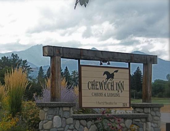 Chewuch Inn & Cabins: Chewuch Inn in Winthrop, WA
