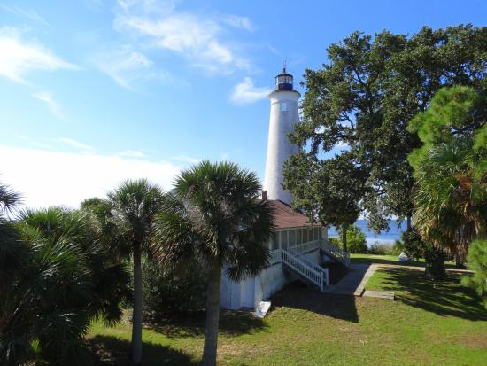 Sweet Magnolia Inn Bed and Breakfast: St. Marks Lighthouse