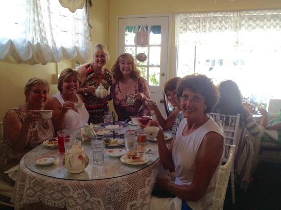 McKenna's Tea Cottage: Ladies for tea
