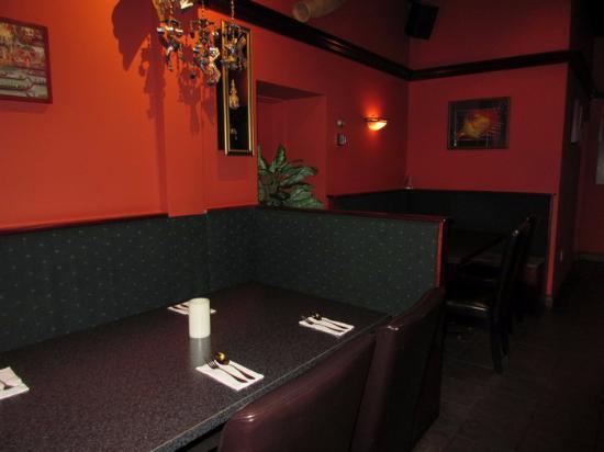 Sookjai Thai Restaurant : Typical Seating
