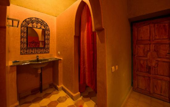 أوزينا, المغرب: alojamiento en desierto Hotel kasbah Ouzina magia auberge  hotel merzouga maroc morocco marrueco