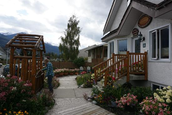 Austrian Haven Bed and Breakfast Image