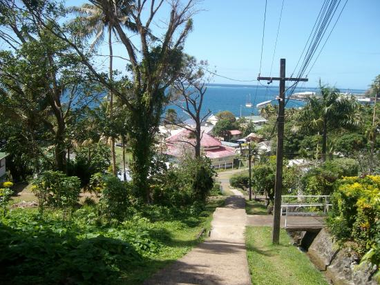 Levuka Homestay: Walk up the 199 steps