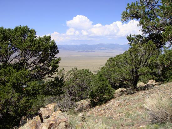 Villa Grove, CO: view across the valley