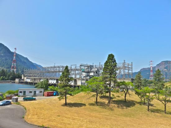 Hood River, Oregón: Electric grid for the bonneville Dam