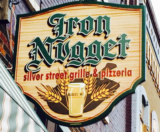 Iron Nugget : Food photos plus the entry sign Ang two pictures from inside the restaurant