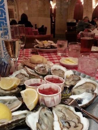 Shenanigan's Irish Pub & Grill: The Oyster Bar, Grand Central Station, 89 E 42nd Street, Entrance on Vanderbilt Ave, NY, NY