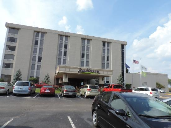 Clarion Hotel There Is Plenty Of Parking