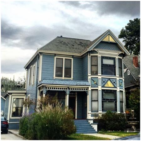 Angelino Heights Historic Area: Love these victorian houses!