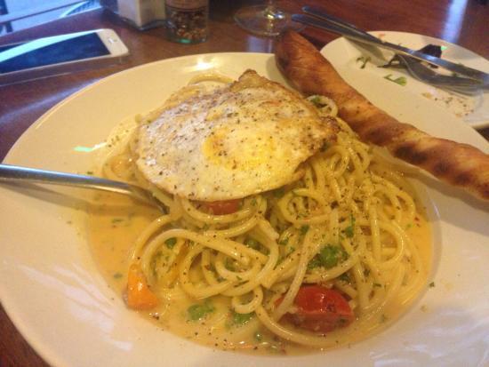Napolis Italian Cafe: photo1.jpg