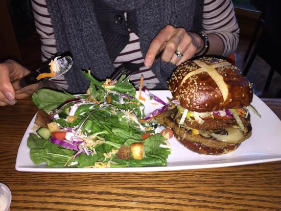 Cow Cafe: The veg head burger - completely delicious!