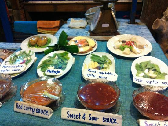 Pick your sauces or toppings/ add on to go with - Picture of ...
