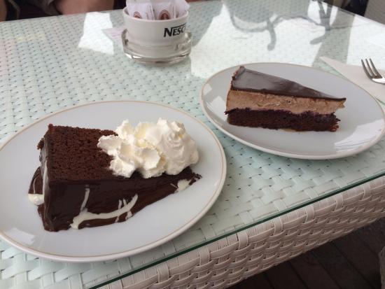 Casa Del Padrone: Torta al cioccolato e Torta Frangipane
