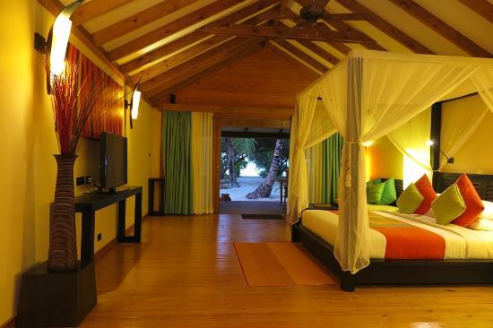 Canareef Resort Maldives: Jacuzzi Villas