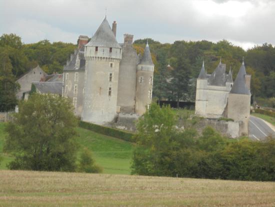 Cere La Ronde, Francia: vue de derrière