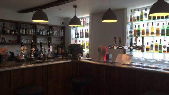 The Dragon Hotel: Bar