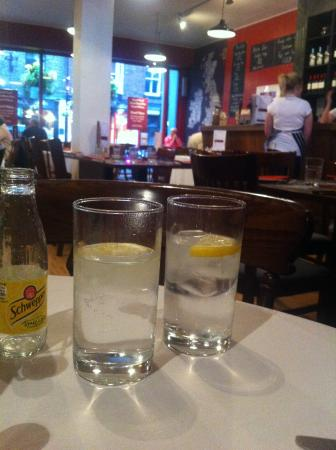 Oldfields Noted Eating House: durham gin and tonics