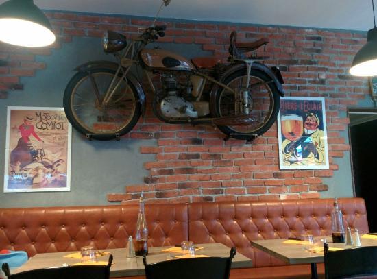 Décoration originale du restaurant photo de arteka