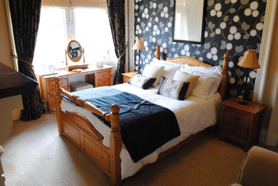 Invernente Bed & Breakfast: Pitlochry  Room