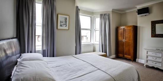 Membland Guest House: .