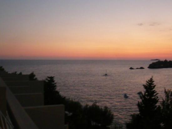 Hotel Dubrovnik Palace: View from hotel reception upon arrival