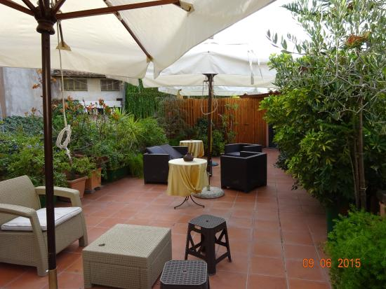 Villa della Fonte Guest House: Another photo of the terrace