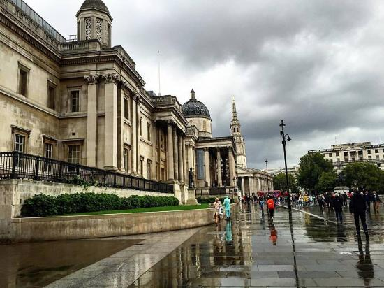 National Gallery: from the side