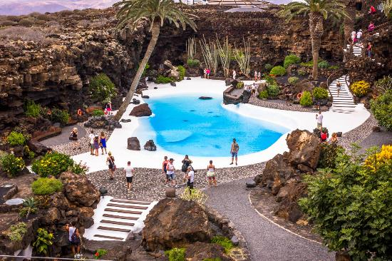 Low Cost Tours Gran Canaria: Lava caves