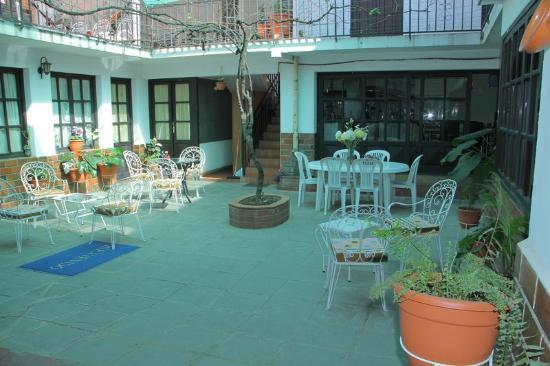 Kultur Berlin Tarija Guesthouse