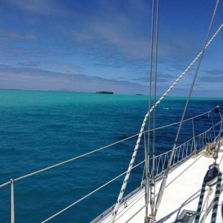 Tahiti Sailing Charter - Day Tours : La couleur est irréelle