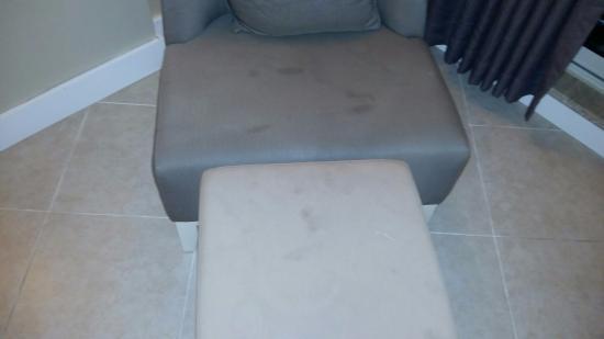 Kamelya K Club Damp Furniture