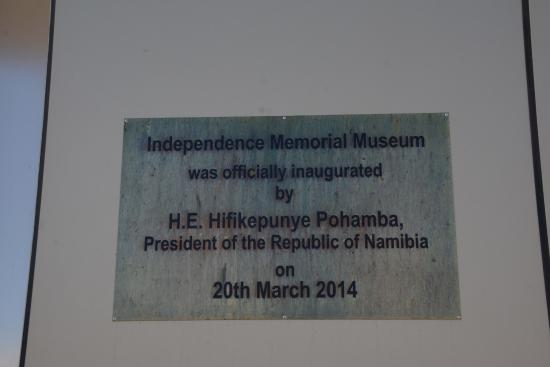National Museum of Namibia: Plaque to commemorate the opening