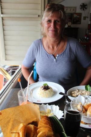 Royal Bar & Hotel: Sehr gutes  Essen, für ca. 9,-€