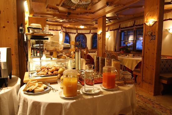 Pozzamanigoni: Restaurant