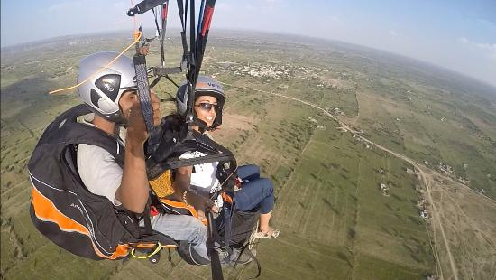 Jodhpur, India: Fly like a bird without any previous experience of flying.