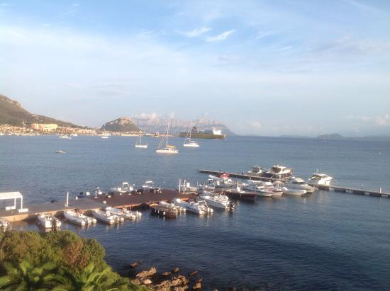 Gabbiano Azzurro Hotels & Suites: View from room morning sun